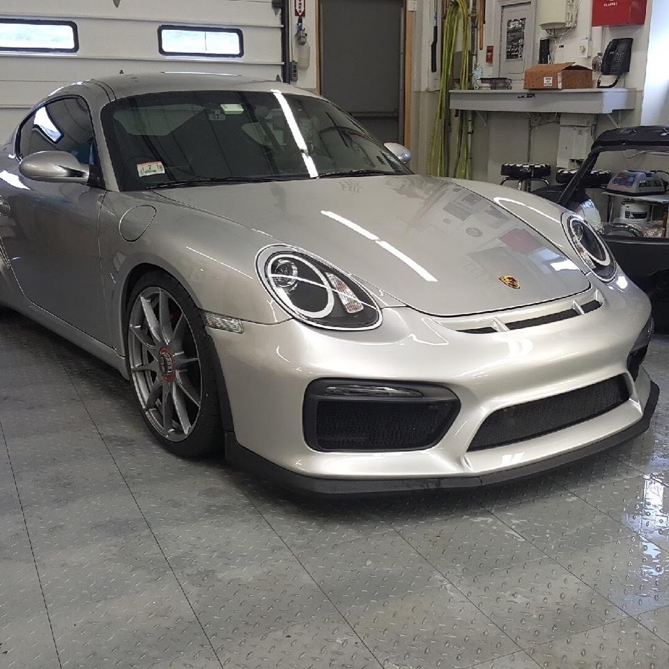 Cayman Car 14